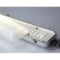 Luminaire réglette LEDS étanche